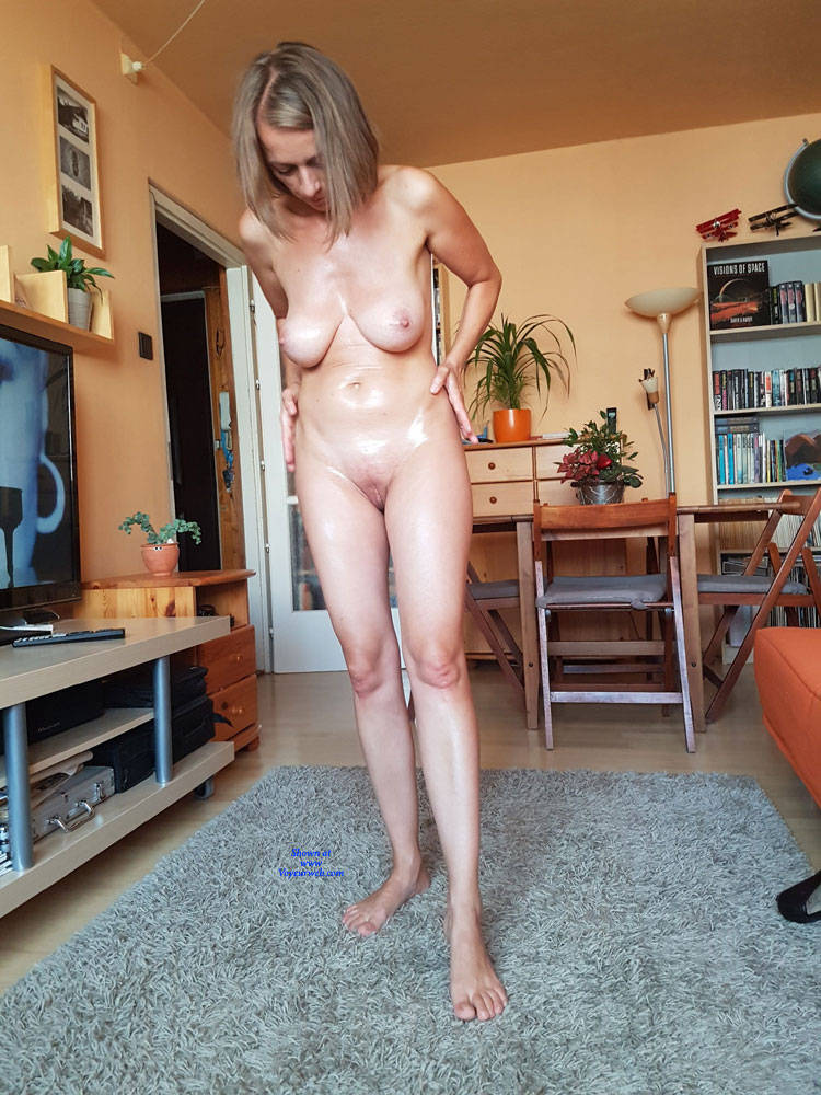 All Nude Wives