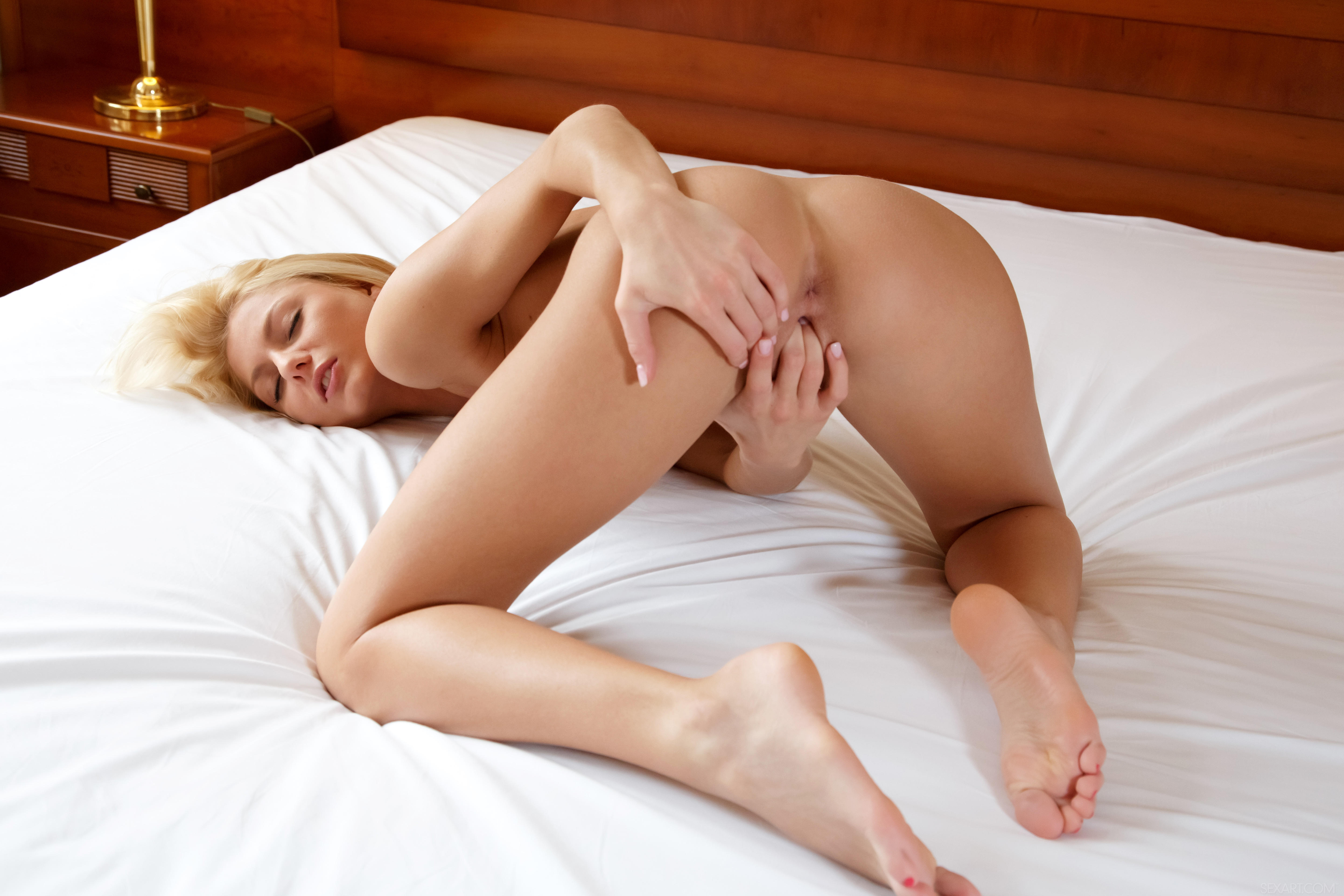 Aneli Nude Photos And Video
