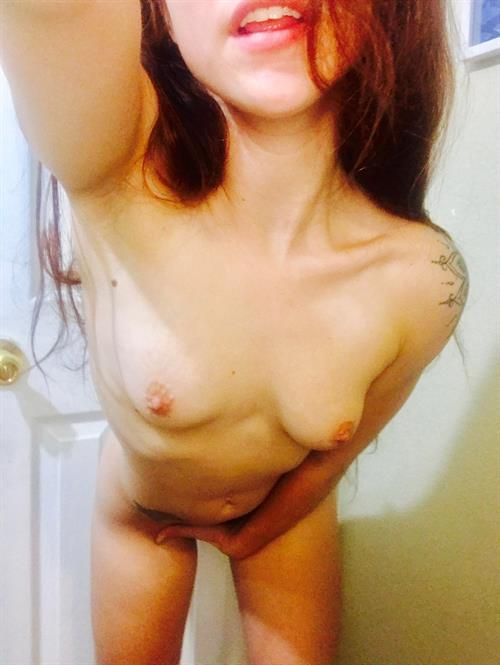 Anonymous Nude Share