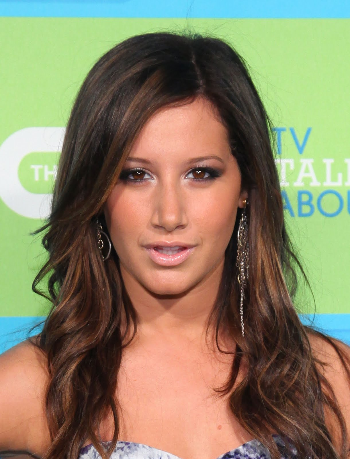 Ashley Tisdale Completely Nude