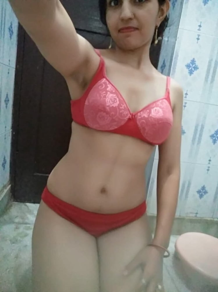 Aunty Nude And Naked