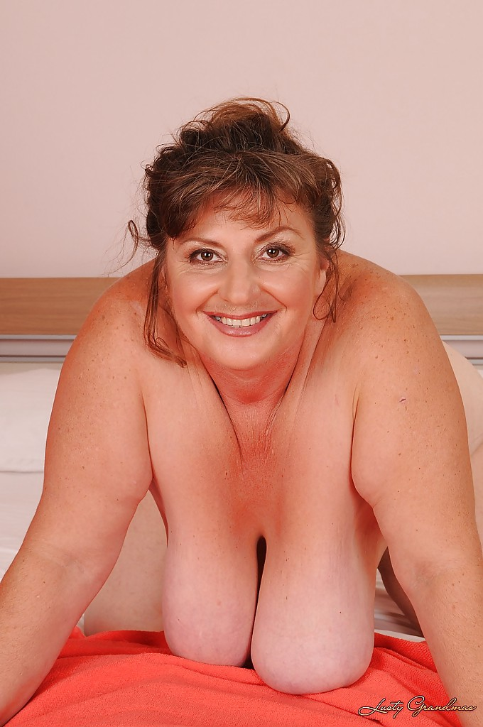 Barely Mature Women Nude