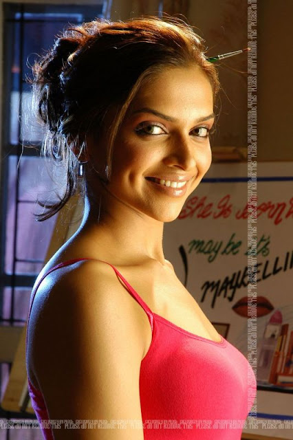 Bollywood Actress Nude Imeges
