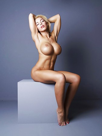 Busty Model Nude Pic
