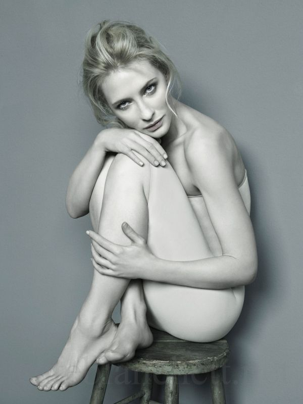 Cate Blancette Nude Photos