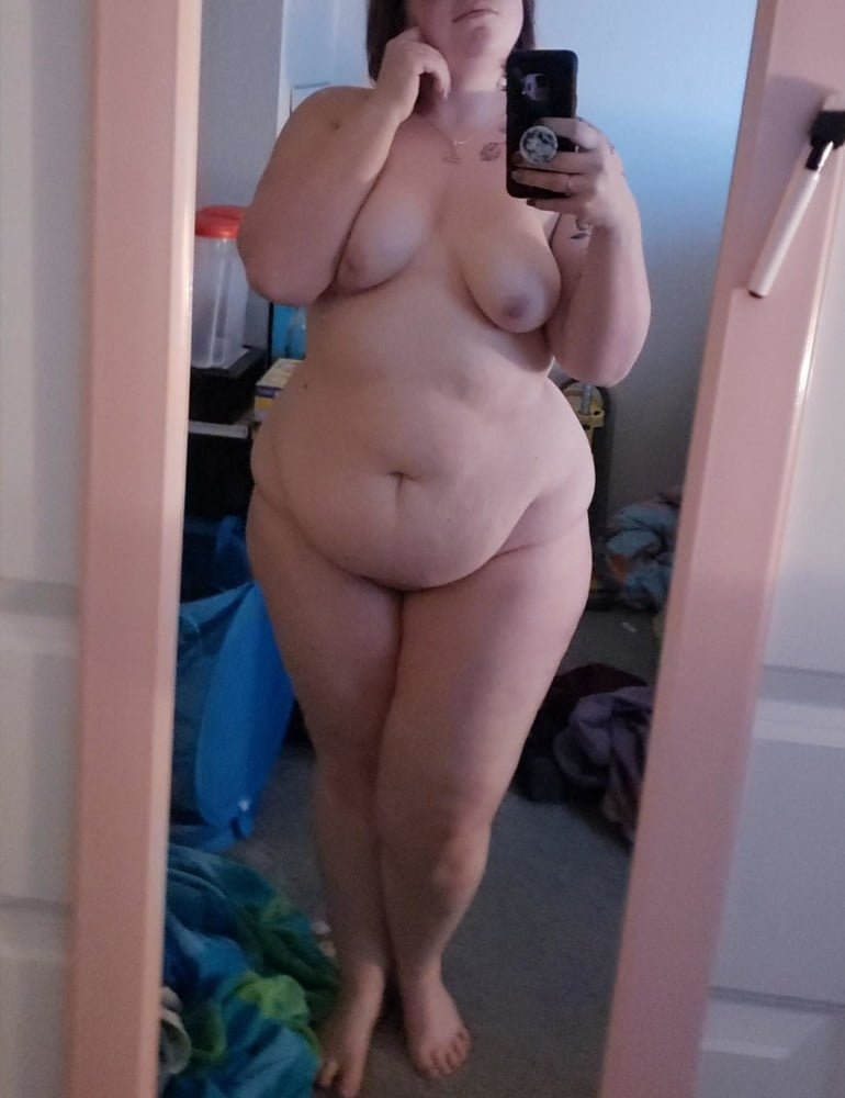 Free Chubby Nude Pic