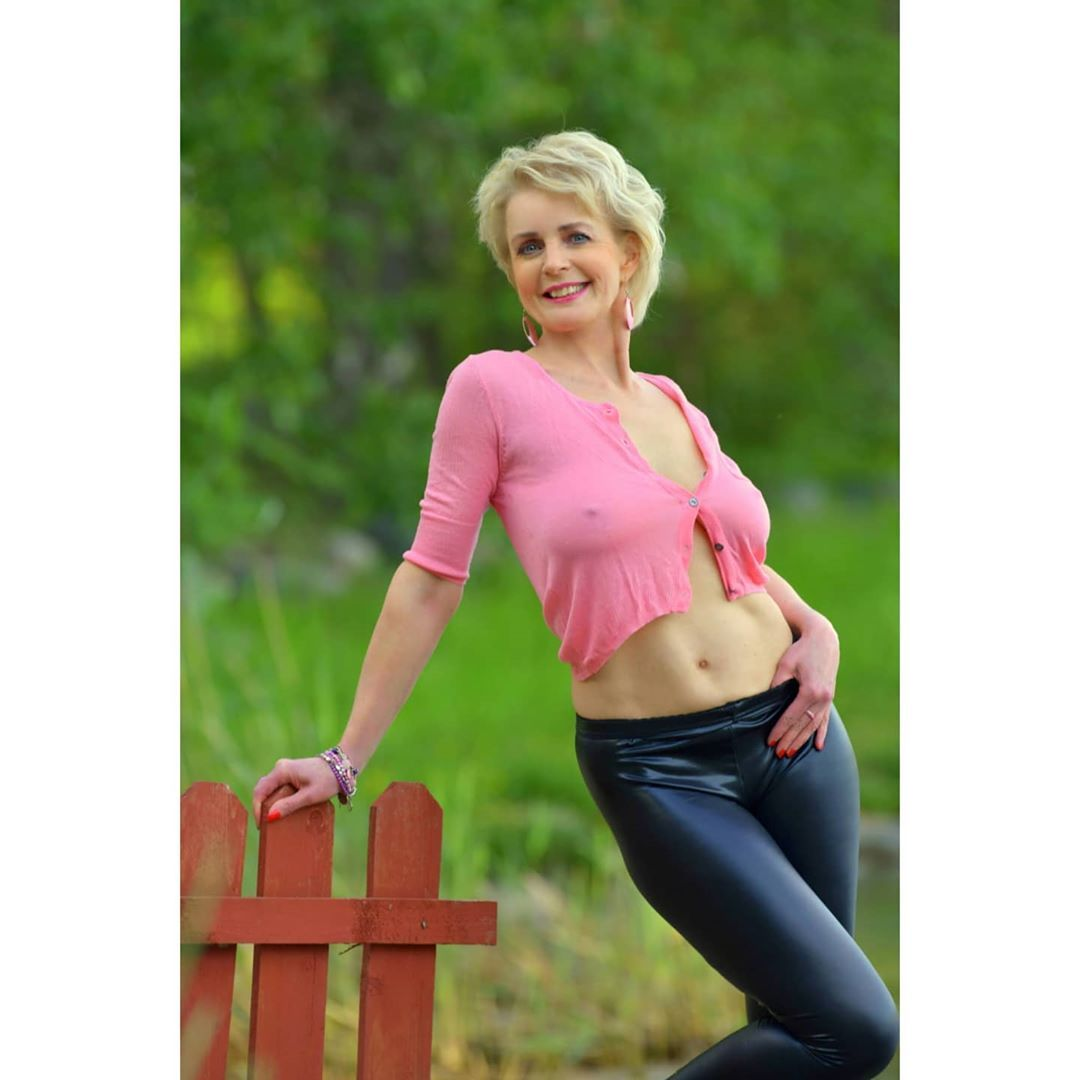 Free Lady Mature Naked Site