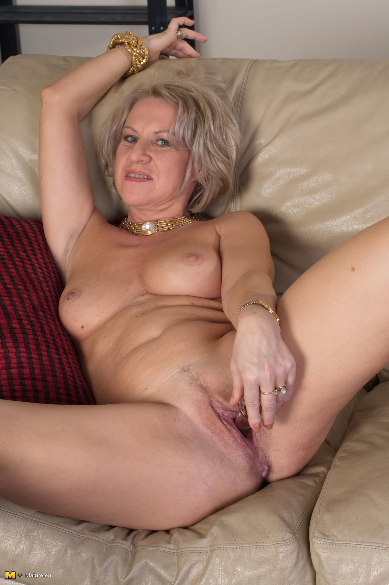 Free Lady Nude Old