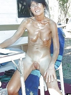 Free Nude Beach Pivtures