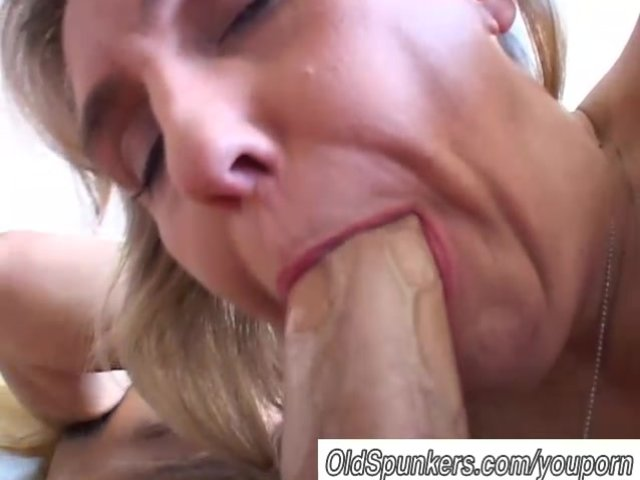 Free Nude Females Giving Blowjobs