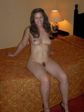 Free Nude Pictures Of Milfs