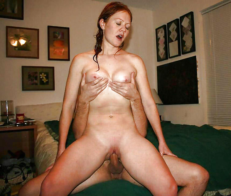 French Mom Nude