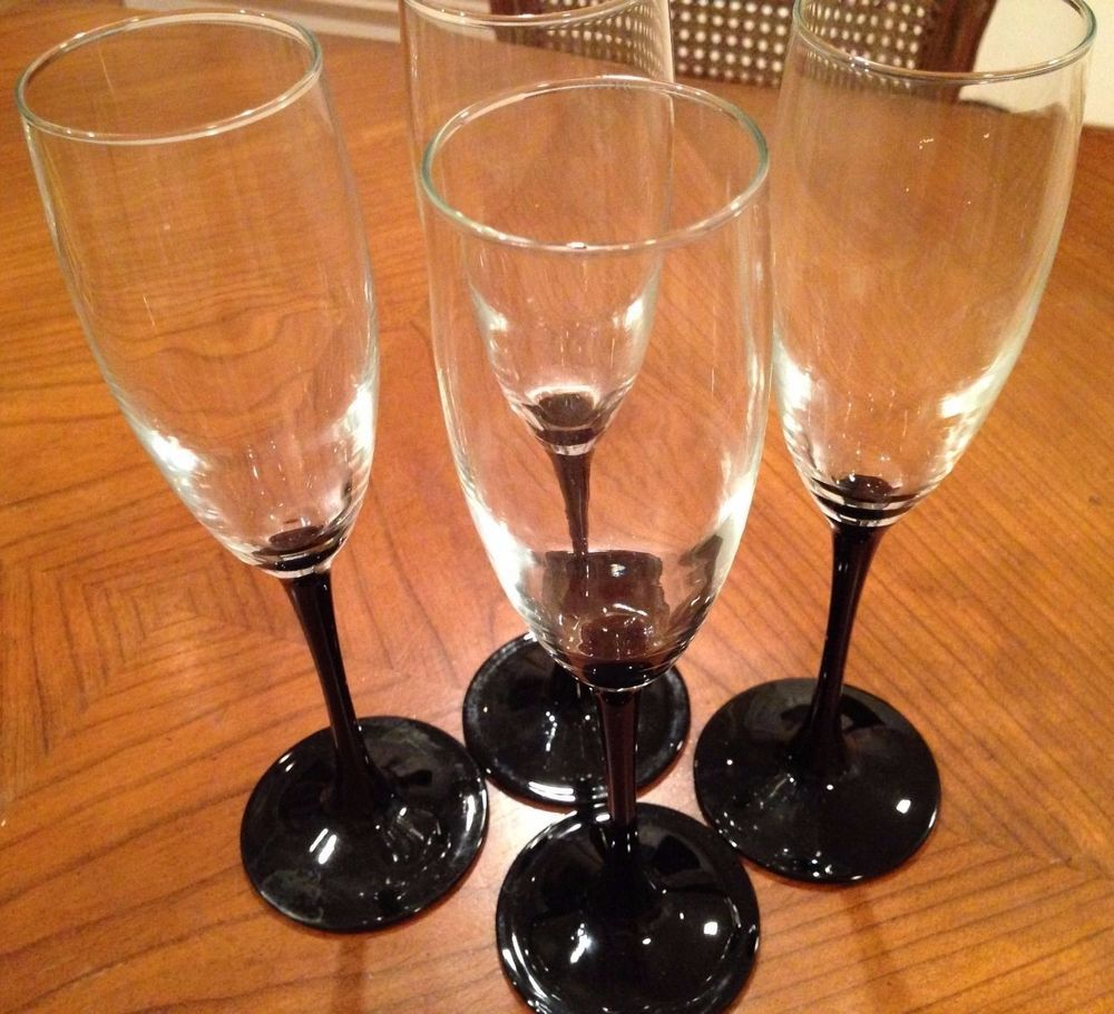 French Nude Wine Glass