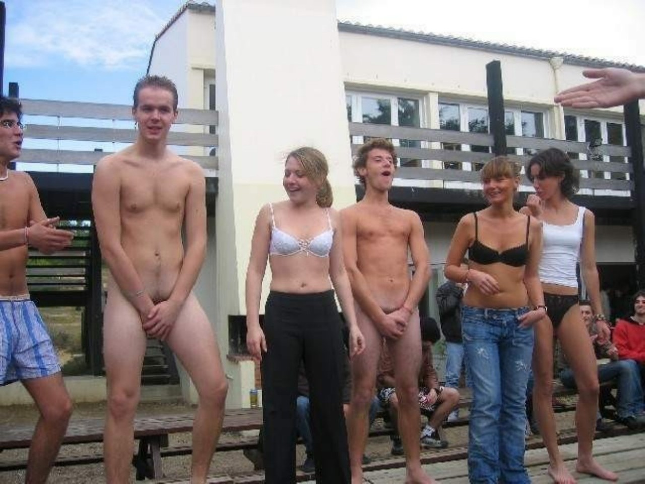 Funny Nude Male Pic