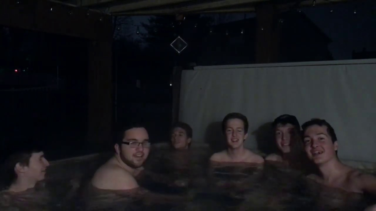 Guys It Hot Tubs Naked