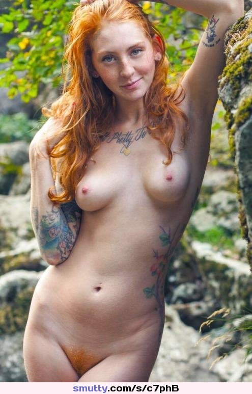 Head Hot Naked Red
