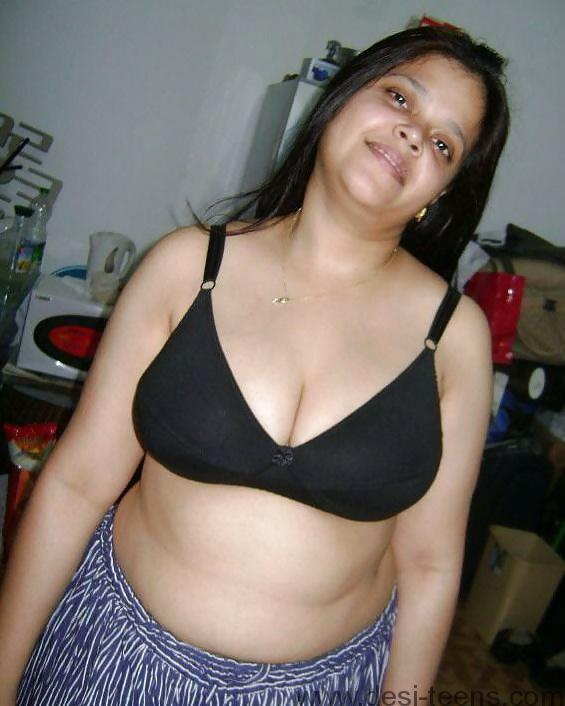 Indian Nude Porn Pic