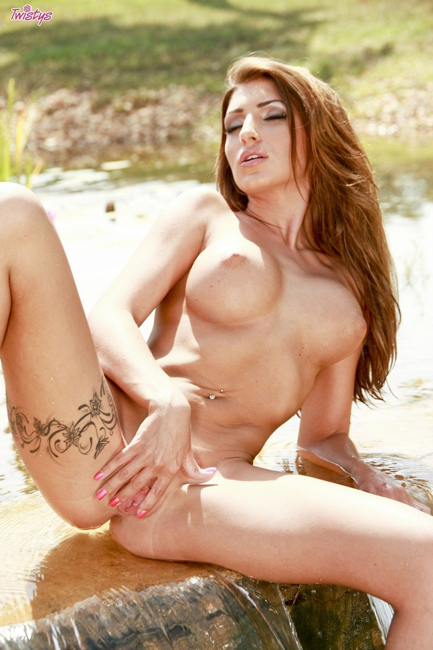 Jenny Laird Nude