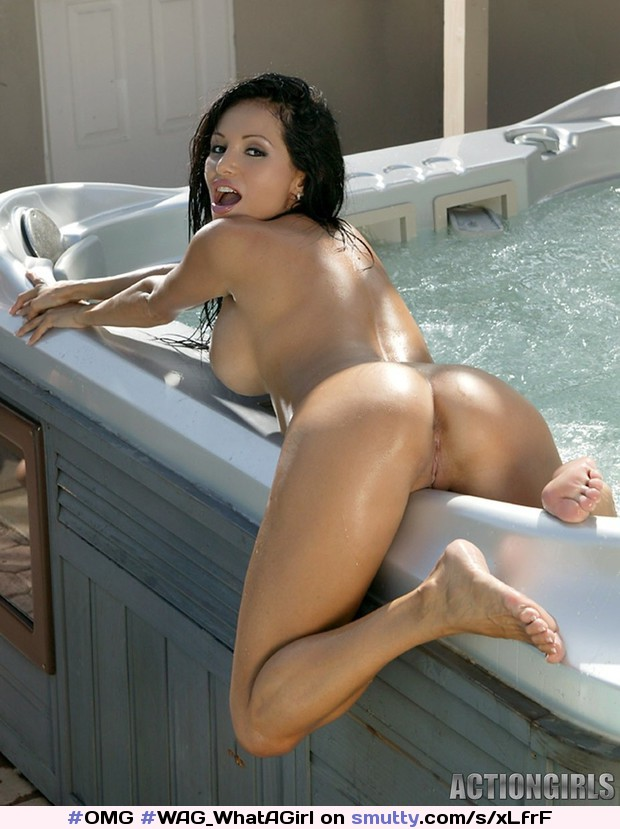 Lucia Tovar Naked By Pool