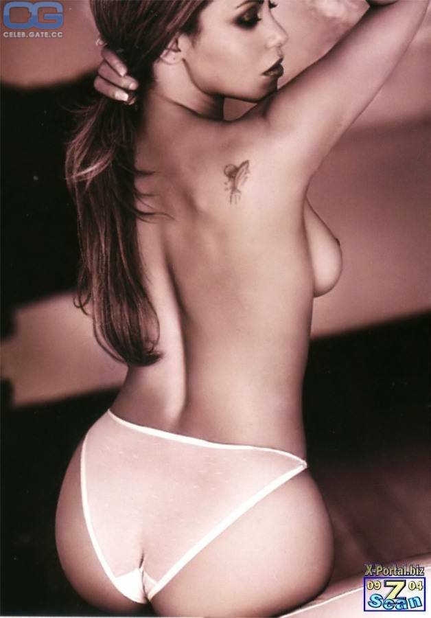 Lucy Pargeter Naked