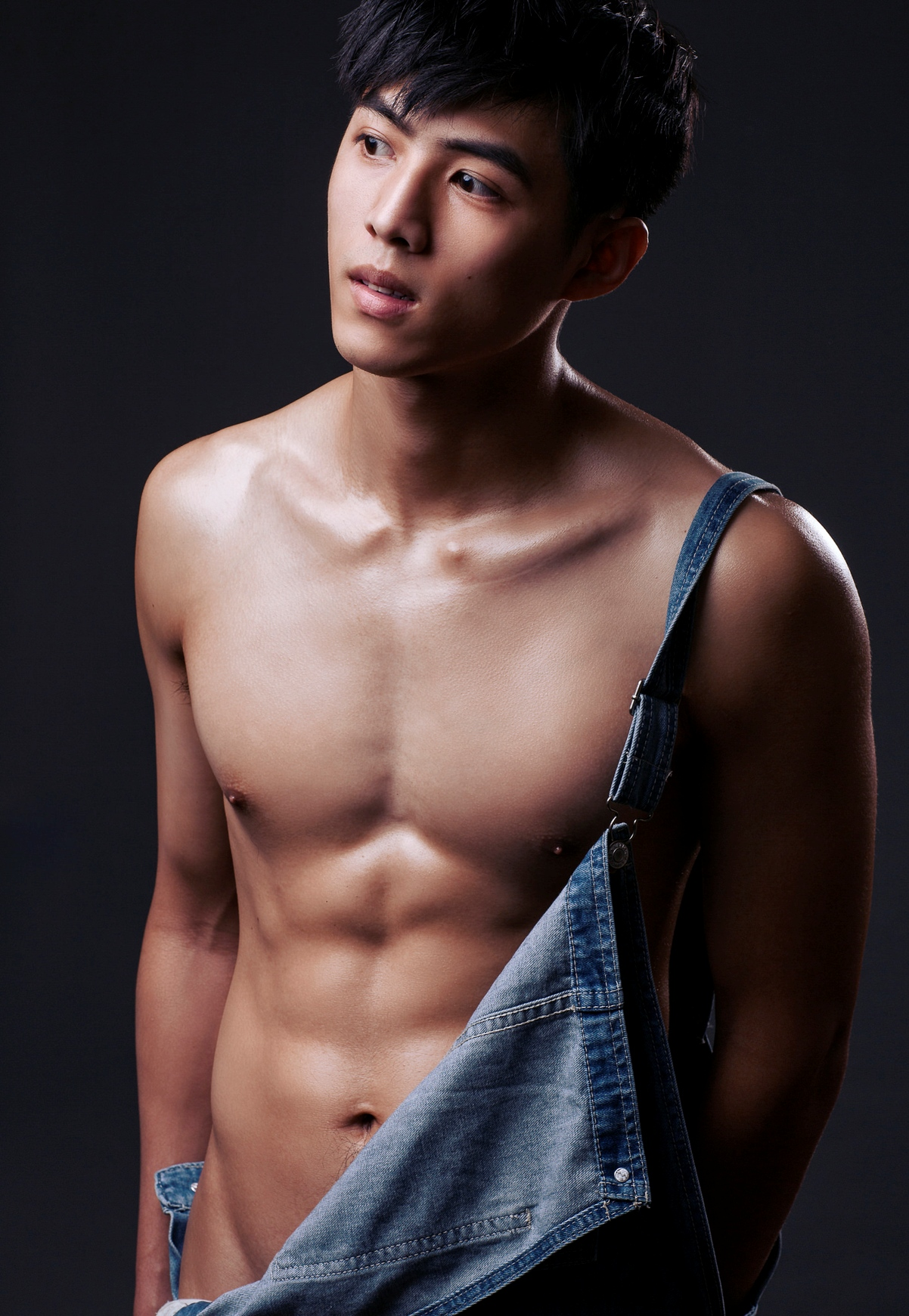 Male Asian Nude Galleries
