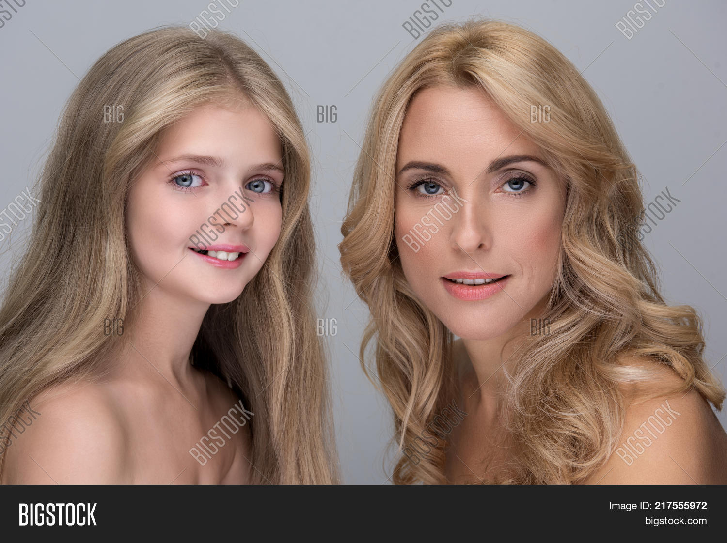 Mom And Doughter Nude