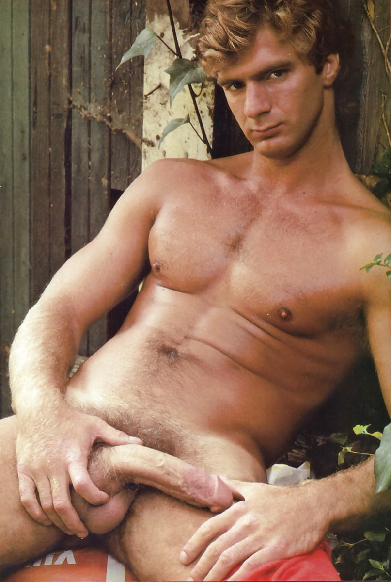 Naked Blond Males Gay