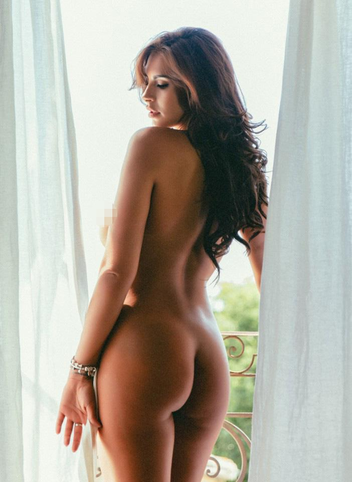 Naked Calendar Pictures