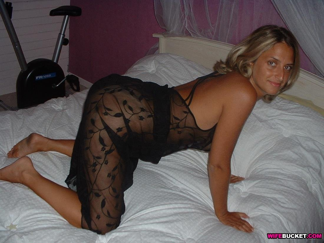 Naked Cheating Wife Pics