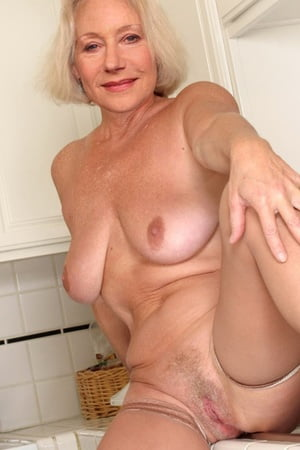 Naked Cock Hunt Pictures