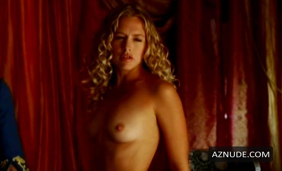 Naked Girl From Epic Movie