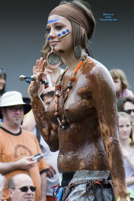 Naked Girls Covered In Chocolate