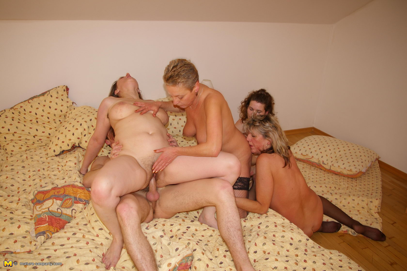 Naked Party Time
