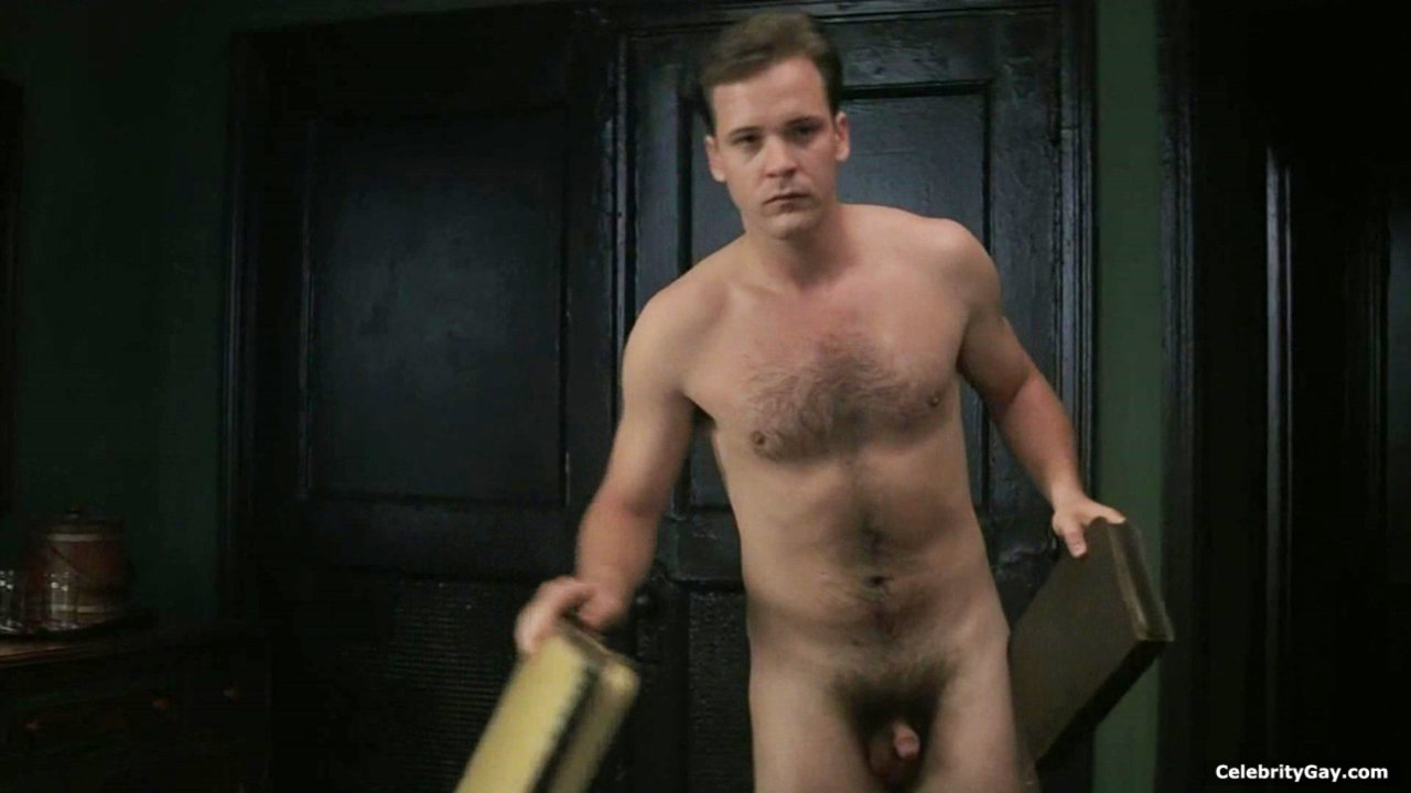 Naked Pics Of Famous Men
