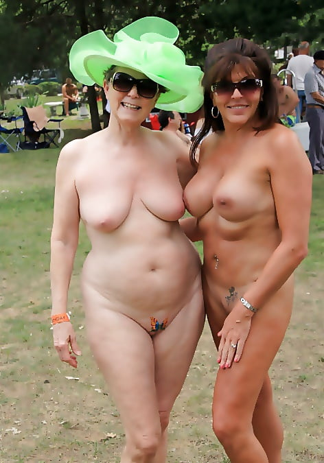 Naked Women From France