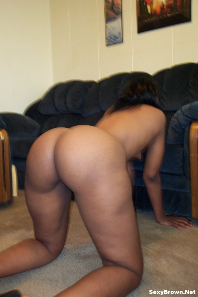 Naked Women With Big Buttocks