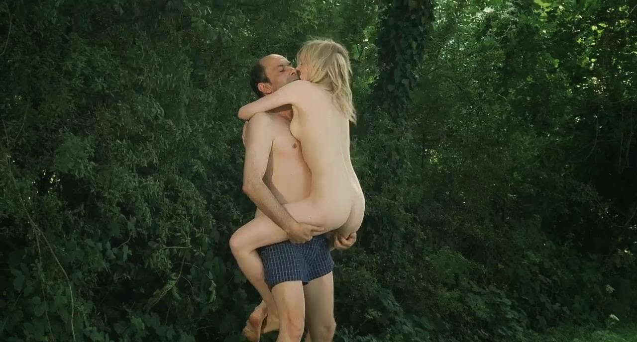 Nell Hudson Nude