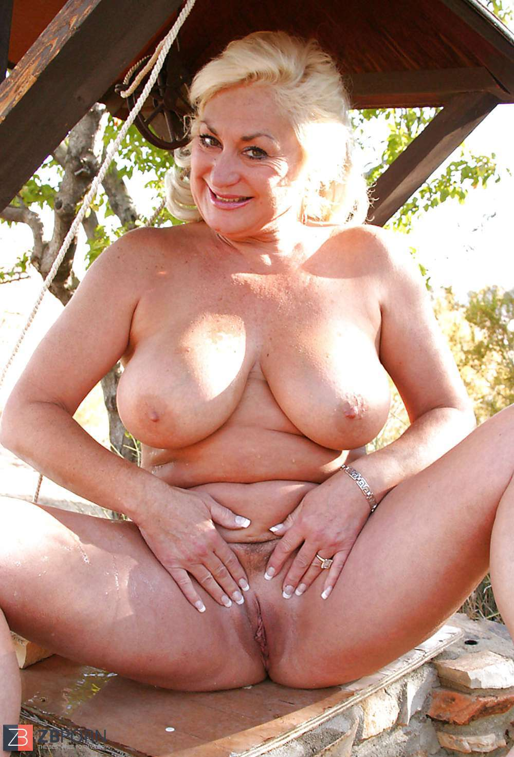 Nude Ageing Sex