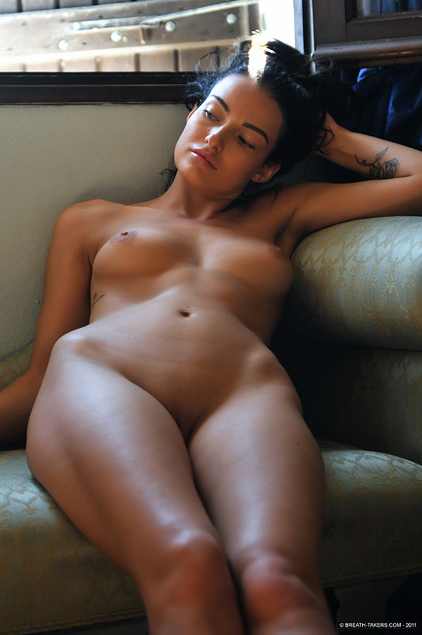 Nude And Sexy Girls Pics