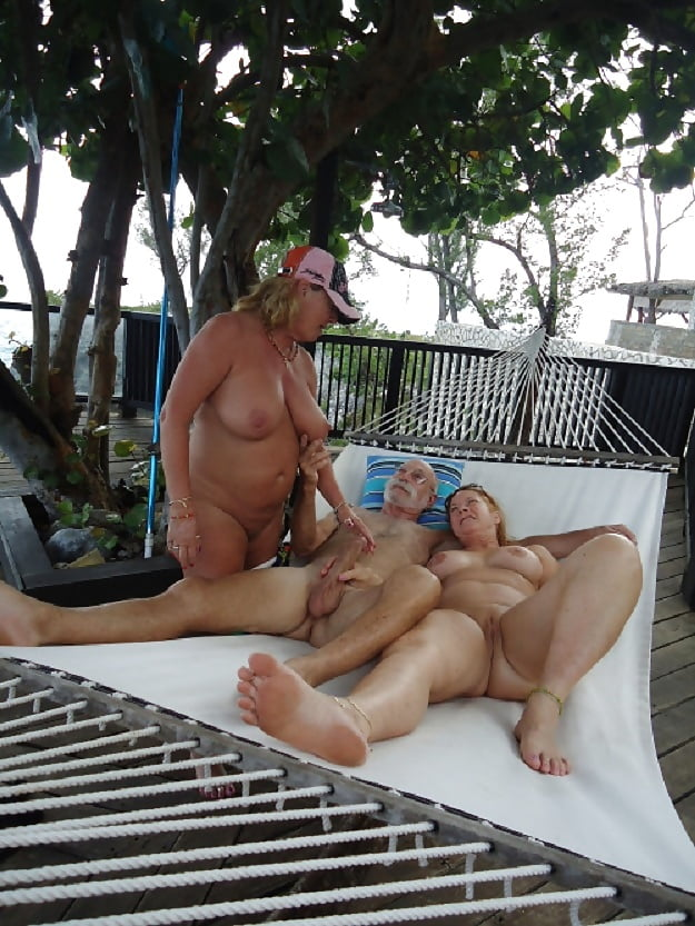 Nude Couples In The Pool
