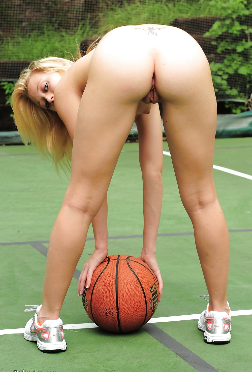 Nude Girl Sports Players