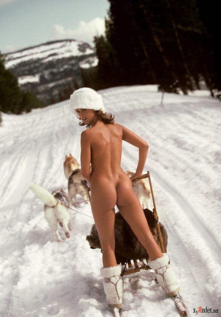 Nude Girls In Snow