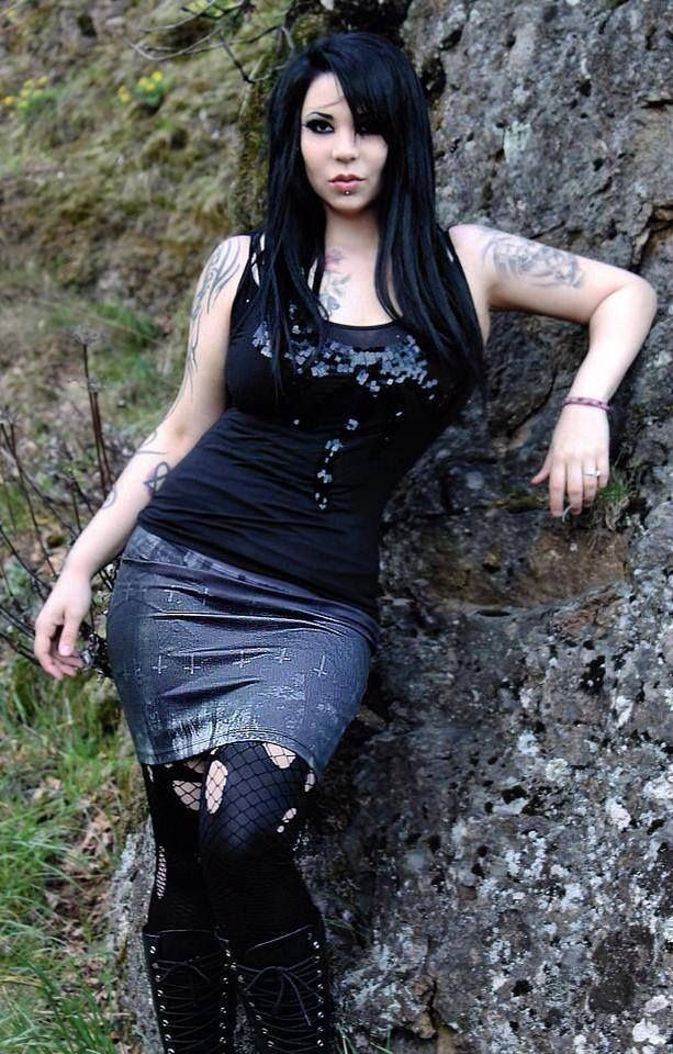 Nude Goth Girls With Webcams