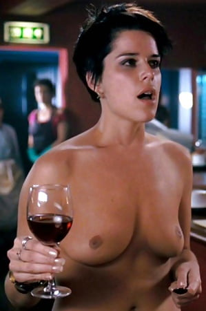 Nude Pictures Of Neve Campbell