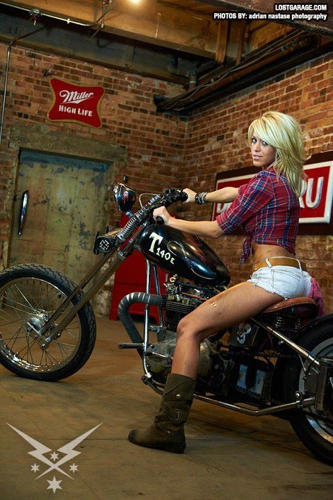 Nude Women On Motorcycles Pictures
