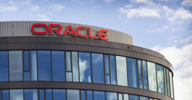 Oracle Naked Pic