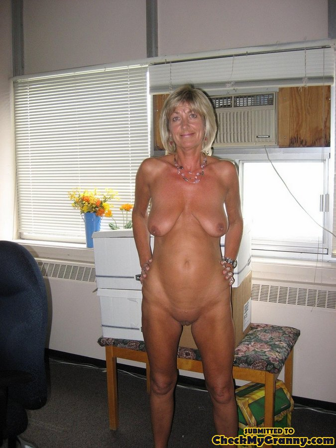 Pictures Naked Women Over Forty