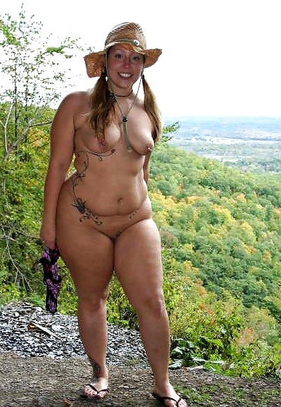 Pictures Of Naked Rubenesque Women