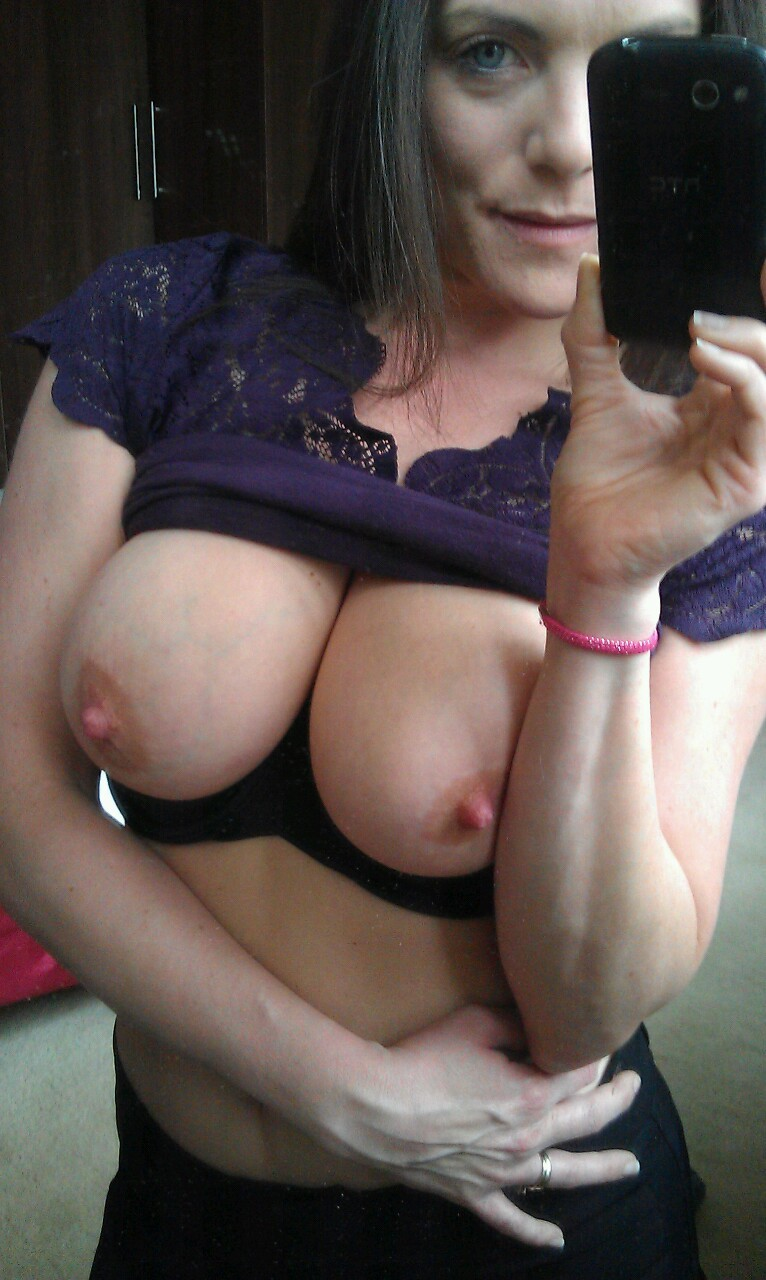 Real Cougars Nude