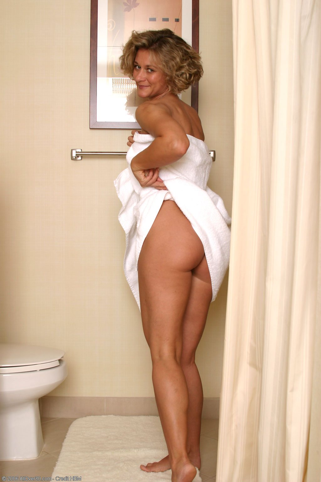 Sexi Naked Women In Towels